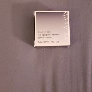 Mary Kay cream eye color in metallic taupe,NWT